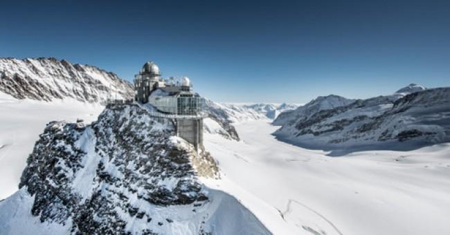 Jungfraujoch – vlakem mezi velikány