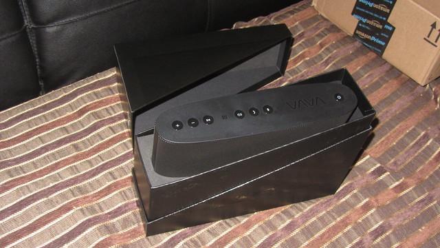 IMG_2598 VaVaVoom bluetooth speaker unboxing