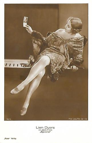 Lien Deyers in Spione (1928)