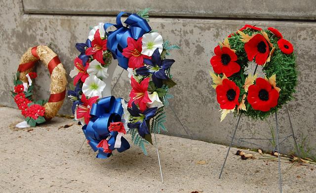 memorial-flowers