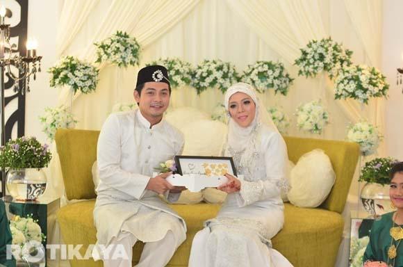 8922519599 e0cf8b790a o Gambar Perkahwinan Izzue Islam dan Awin Nurin