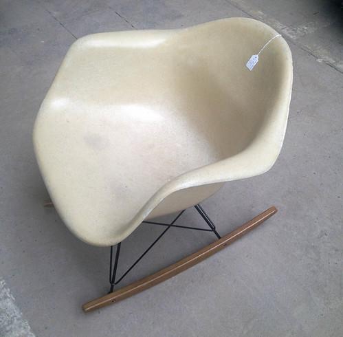 eams chair.jpg