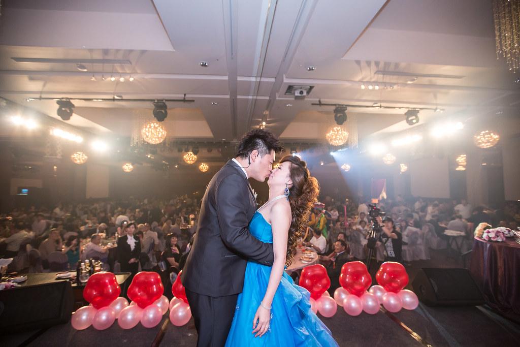 wedding0504-478.jpg