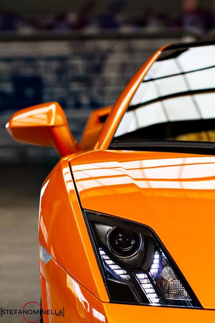 Lamborghini Gallardo LP 550-2 Bicolore - Front Lines