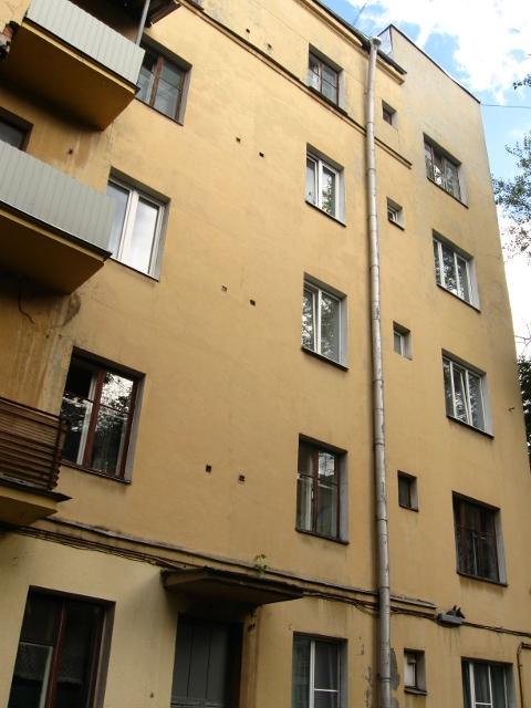Дом-коммуна на ул. Лестева 04