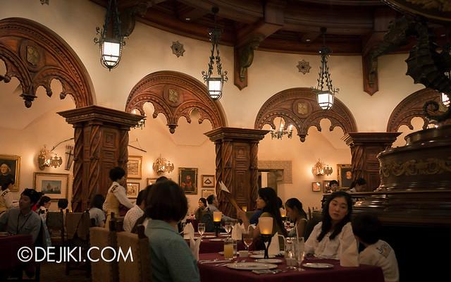 Tokyo DisneySea - Mediterranean Harbor / Magellan's / Main Dining Hall