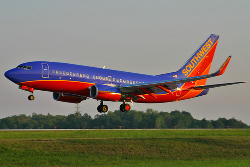 Southwest 73G sunset landing