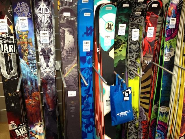 Skis (real skiers)
