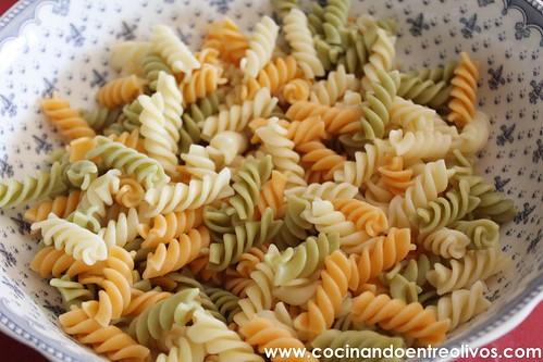 Ensalada de pasta con piña www.cocinandoentreolivos (4)