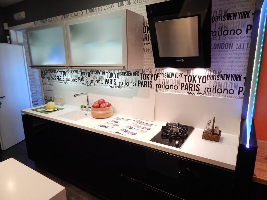 Liquidamos Nuestras Exposiciones Cocinasalemanas Com # Disenos Vor Muebles