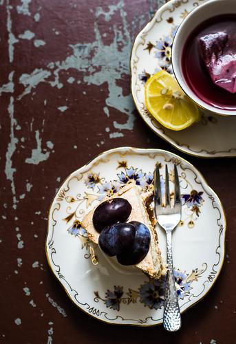 cake with plum