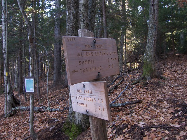 Hedgehog Mountain, New Hampshire, Sandwich Range, Sign, UNH Trail, White Mountains