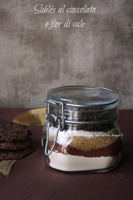 Sablés al cioccolato e fior di sale (in barattolo e non)