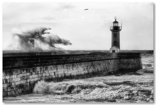 Dias de tempestade... by VRfoto