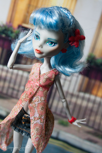 Ghoulia style
