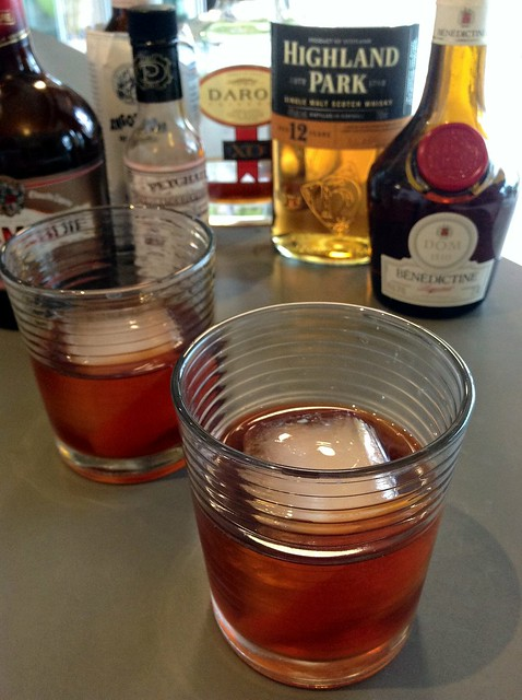 Hastings vs. Full Windsor: calvados, scotch, sweet vermouth, Drambuie/Benedictine, Peychaud's & Angostura bitters