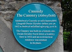 Photo of The Canonry and Owain Glyndŵr blue plaque