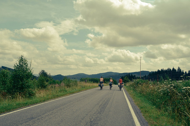 7 cycling offer into the distance