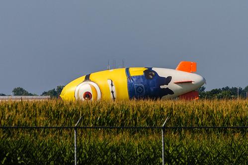 canon illinois airport midwest stlouis august blimp airship minion 2013 bethalto eos7d despicableme