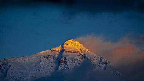 china sunset sun reflections golden evening peak tibet summit everest mounteverest sagarmatha rongbuk chomolungma
