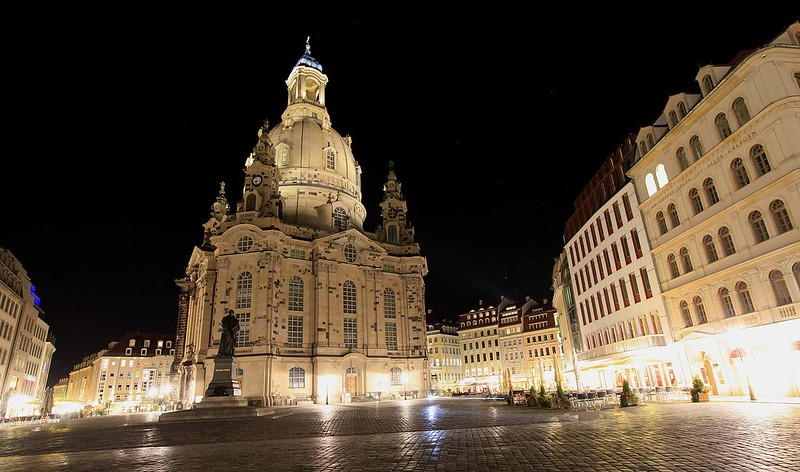 聖母教堂夜景