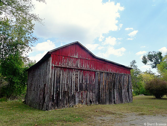 Old Barn - Sperryville, VA