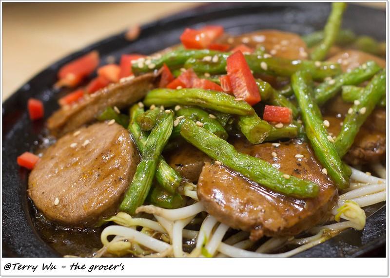2013-10-19 素食熱炒     (3)