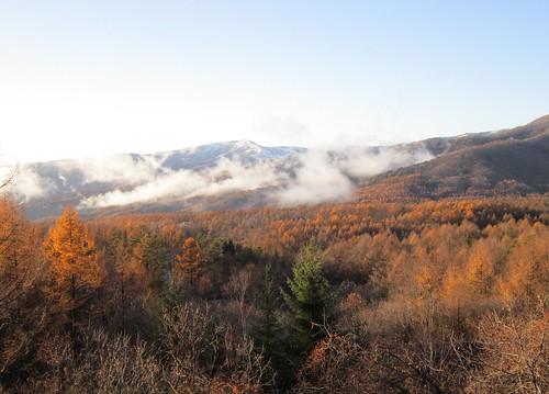 蓼科高原と積雪した車山 2013年11月15日15:50 by Poran111