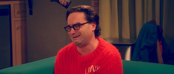 Leonard llorando