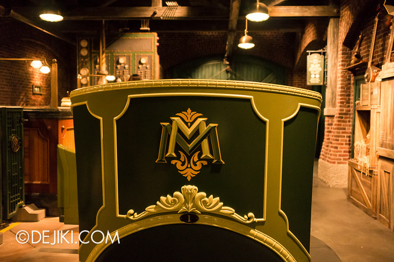 Mystic Manor - Magneto Carriage back