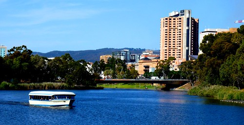 River Torrens Adelaide #leshainesimages #dailyshoot
