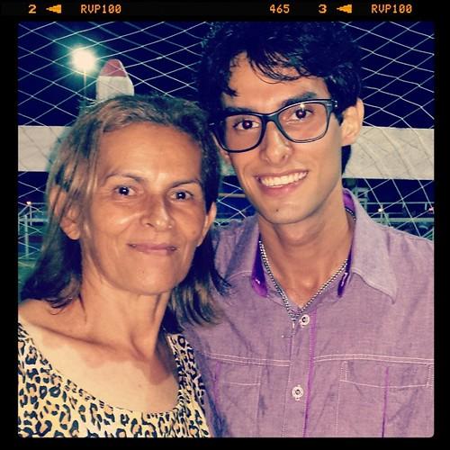 Gostar eh pouco... Eu te amo mãe...
