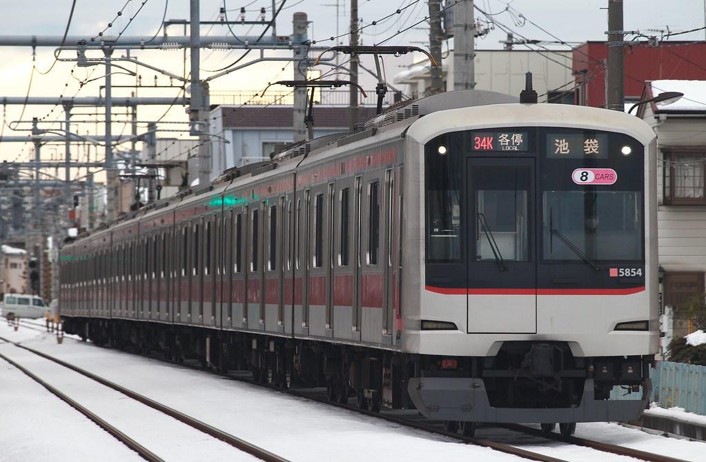 8** 5154F