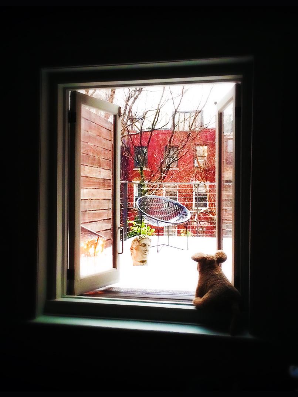 muimui balcony