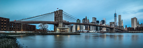 city longexposure bridge sky usa newyork skyline brooklyn clouds skyscraper sunrise river lights downtown manhattan unitedstatesofamerica worldtradecenter stadt brooklynbridge eastriver bluehour amerika sonnenaufgang bigapple groundzero brooklynbridgepark hochhäuser vereinigtestaaten wokenkratzer oneworldtradecenter