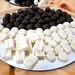 Templado y moldeado de chocolate blanco y negro