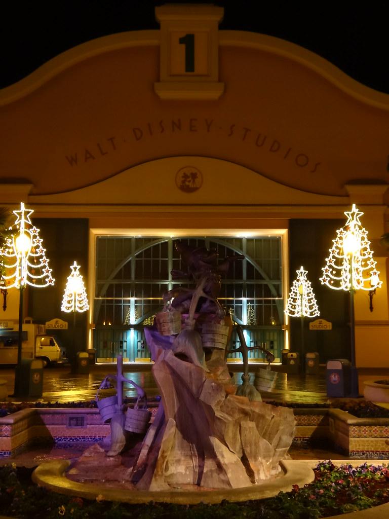 Un séjour pour la Noël à Disneyland et au Royaume d'Arendelle.... 13605836874_38523eed06_b
