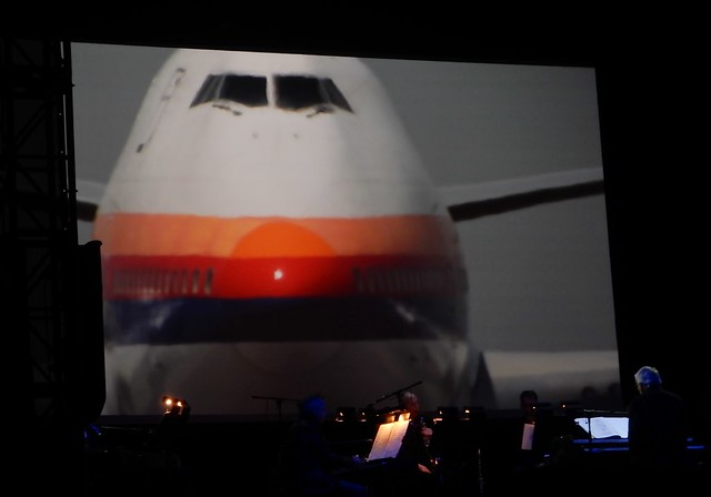 747 on Screen, Nikon COOLPIX S9900