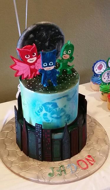 Cake by Katja Voisin of Sweet Art