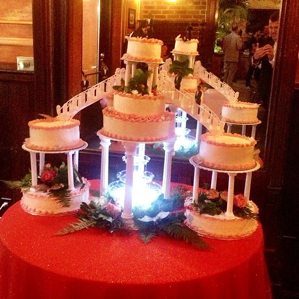 Fountain Cake Stand