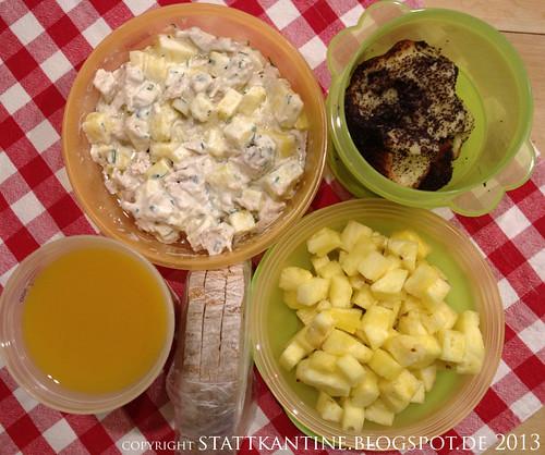 Stattkantine 8. April 2013 - Ananas-Hendl-Salat, Kartoffelbrot, Mohn-Bobbelkuchen