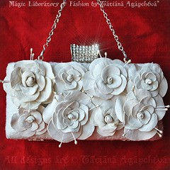 #wedding #bride #bag #clutch #purse #mcqueen #clamshell #rose #etsy #craft #handmade #swarovski #europe #designer #romance #engagment