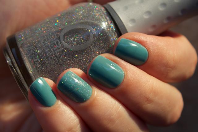 05-naomi-209-orlyprisma-gloss-silver