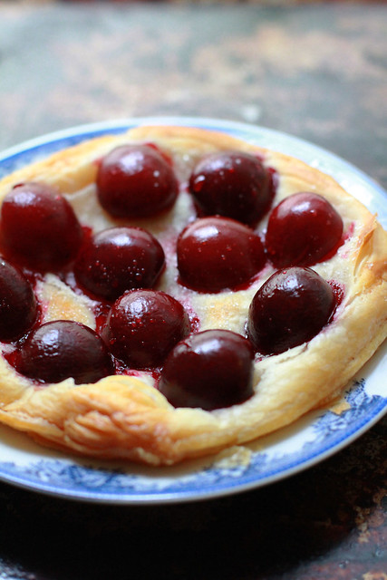 Super Easy Cheat Cherry Pie / Tart