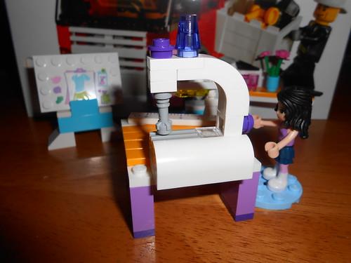 Sewing Machine MOC