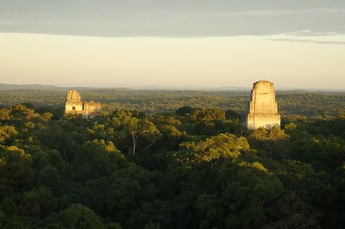 Atardecer en Tikal