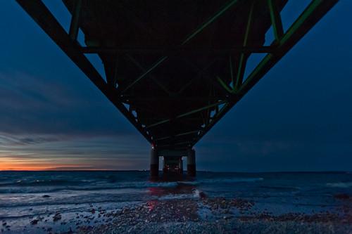 bridge dusk under bigmac haveyoueverseenanythinglikethisbefore mackinawormackinachaveyourpick