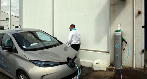 Владельцы электромобилей Renault смогут подзаряжать свои авто абсолютно бесплатно