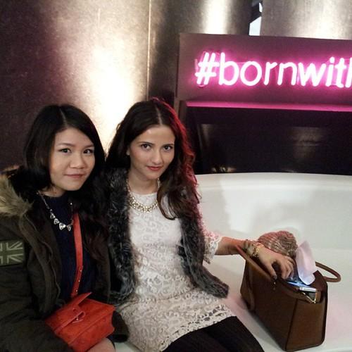 two of my fave #bbloggers @ellaprettyblog @eeenricaaa #wmcfw @maybellinecan @redkencanada