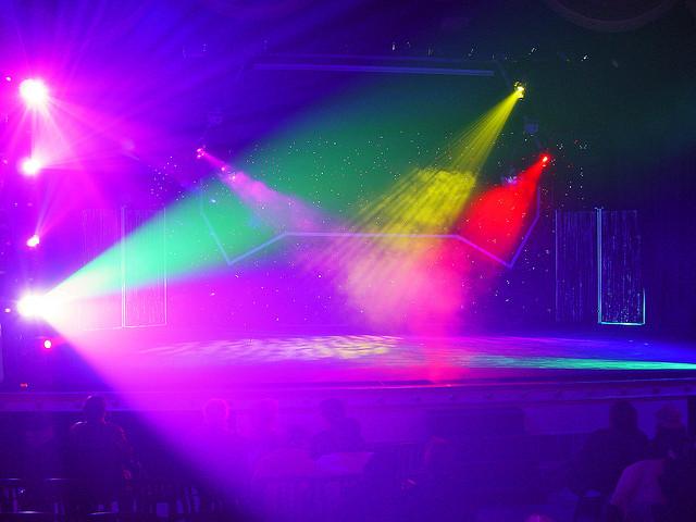 365行:替夢想找一個舞台的策展人